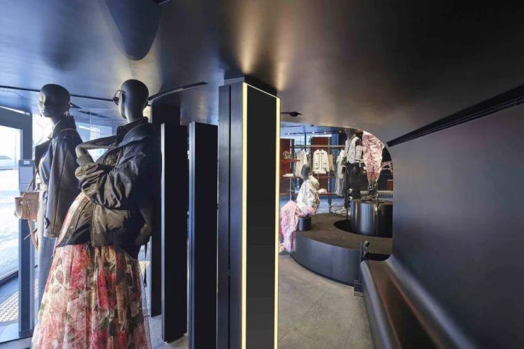 D&G首尔旗舰店,被包裹的'圆柱'_9