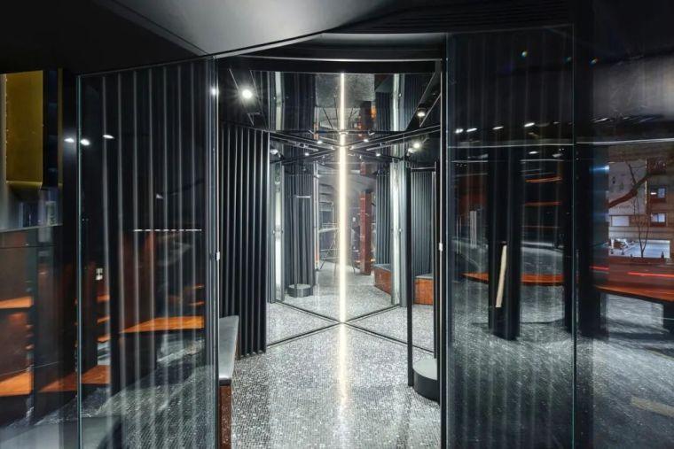 D&G首尔旗舰店,被包裹的'圆柱'_19