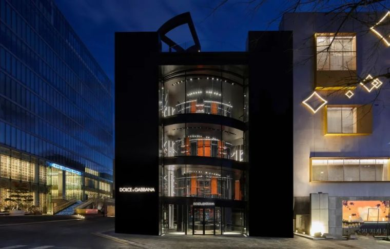 D&G首尔旗舰店,被包裹的'圆柱'_24