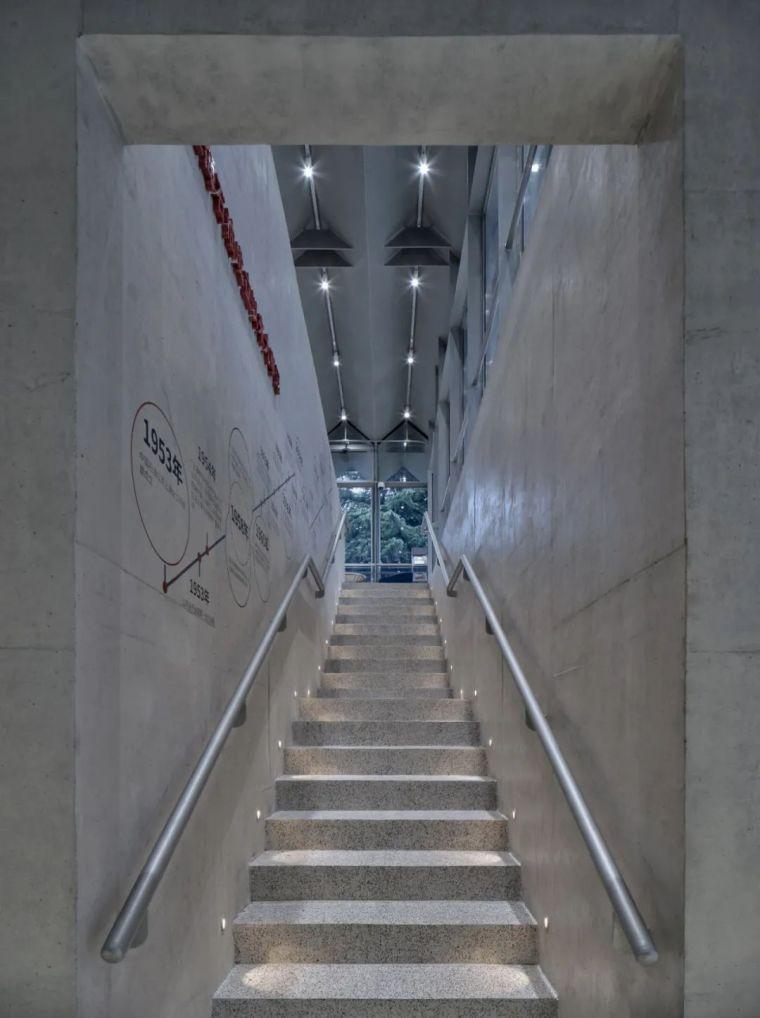 上海苏州河中石化加油站改造,钢折与砼折_13