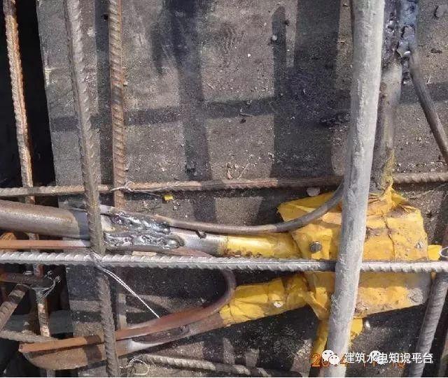 建筑水电预留预埋阶段工程质量通病及正确安_12