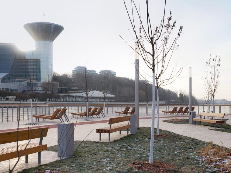 俄罗斯高密度住宅区堤岸景观规划_25