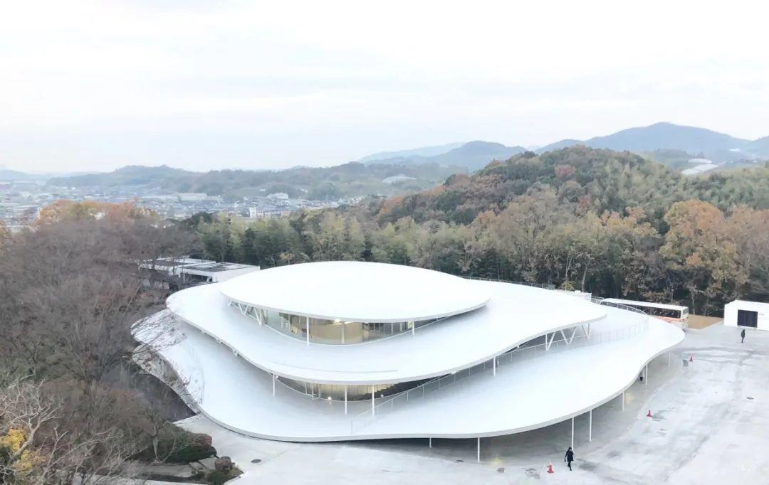 妹岛和世:大阪大发pk10个人技巧艺术大学科学馆