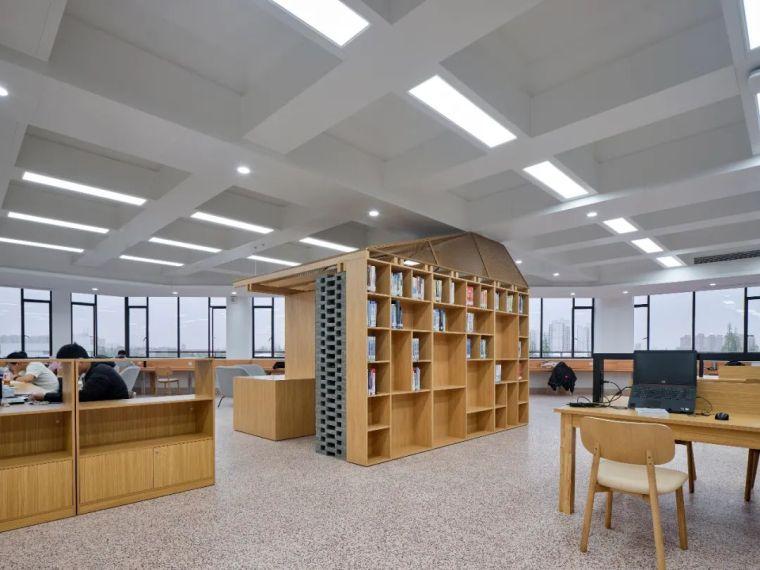 新作|上海交大包玉刚图书馆空间改造_53