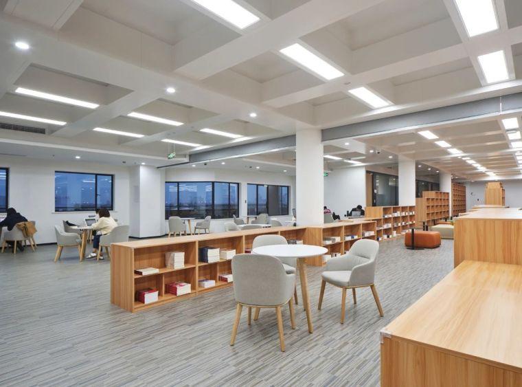 新作|上海交大包玉刚图书馆空间改造_61