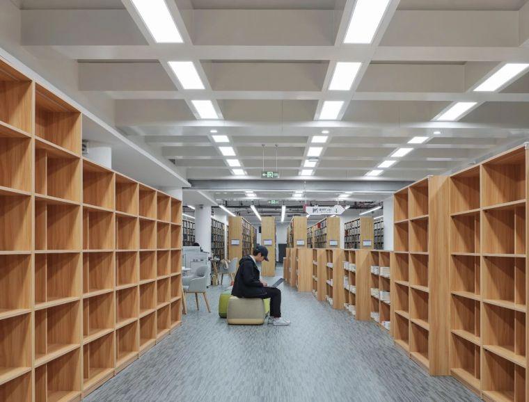 新作|上海交大包玉刚图书馆空间改造_66