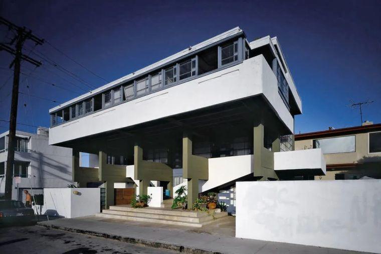 洛弗尔沙滩别墅:剖面设计 经典再读99_6