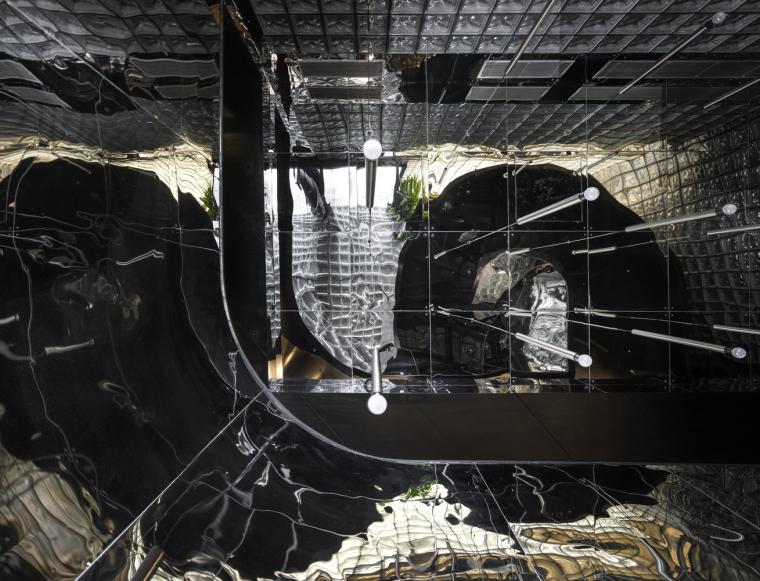 印度黑色的混凝土餐厅和酒吧_7