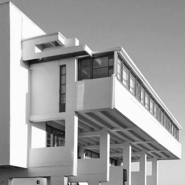 洛弗尔沙滩别墅:剖面设计 经典再读99_20