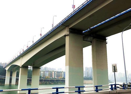大跨径刚构桥合龙段施工技术研究_2