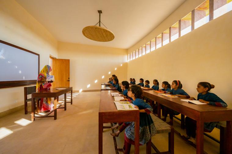 印度拉杰库马里拉特纳瓦蒂女子学校_28
