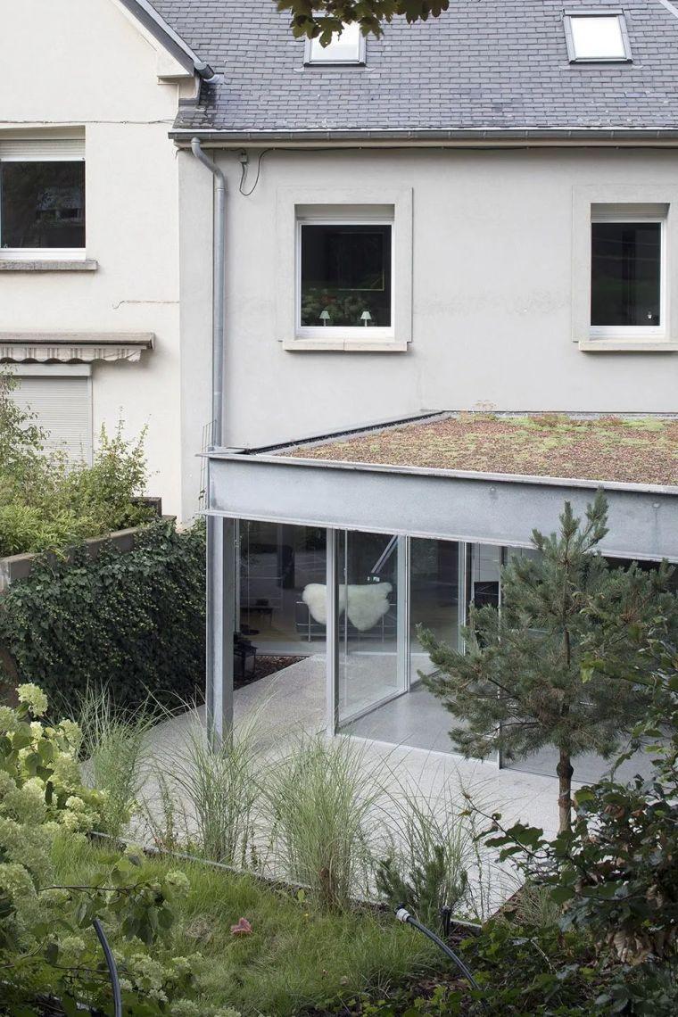 斜坡花园下的透明厨房-GALGEN住宅加建_3