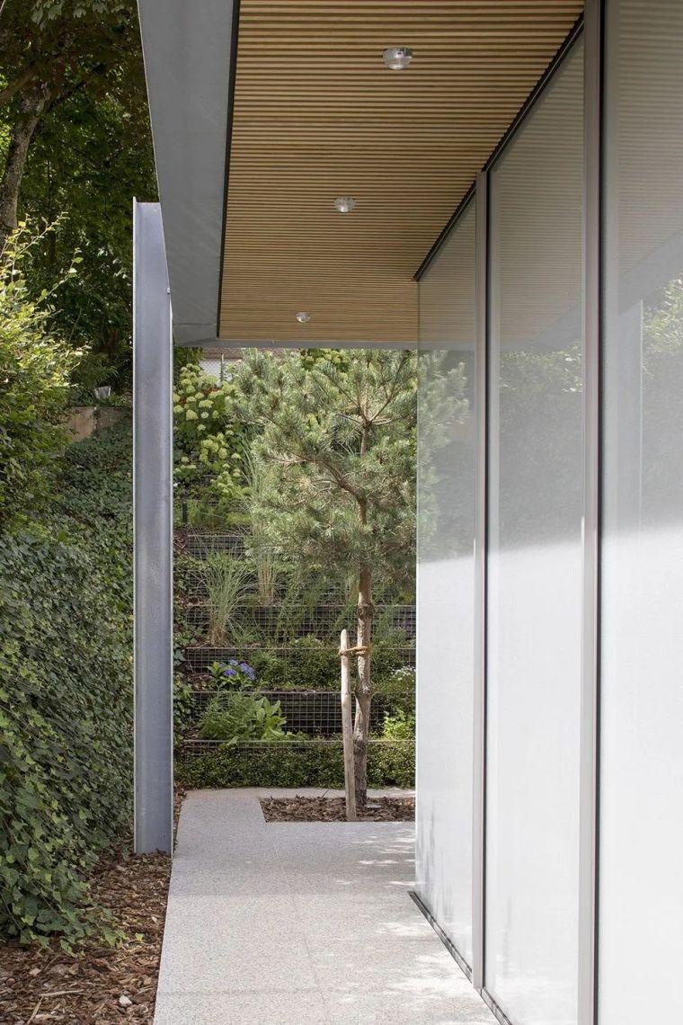斜坡花园下的透明厨房-GALGEN住宅加建_6