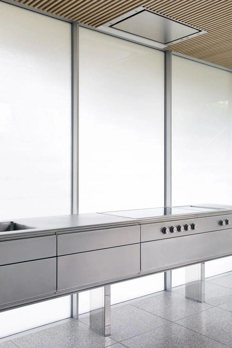斜坡花园下的透明厨房-GALGEN住宅加建_12