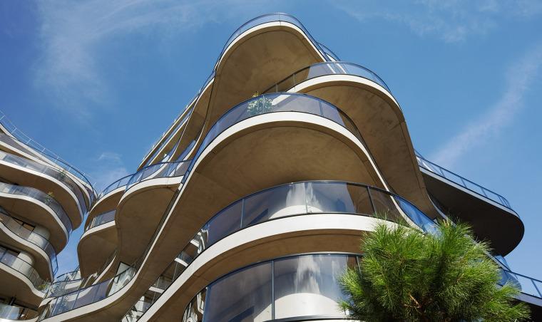 法国Courbes公寓楼_8