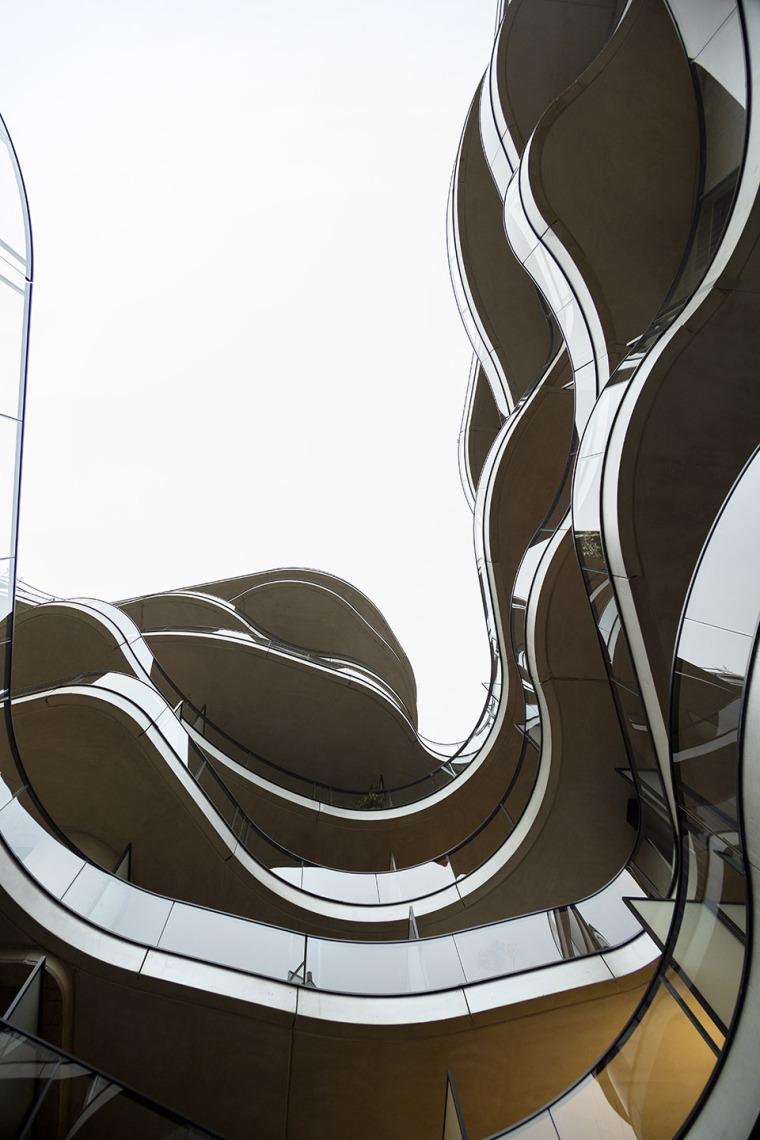 法国Courbes公寓楼_12