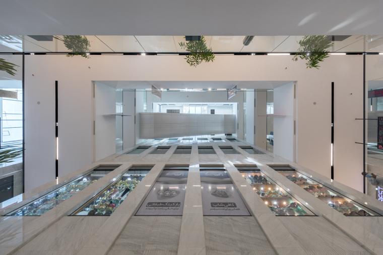伊朗普兰萨商业和办公综合楼_10