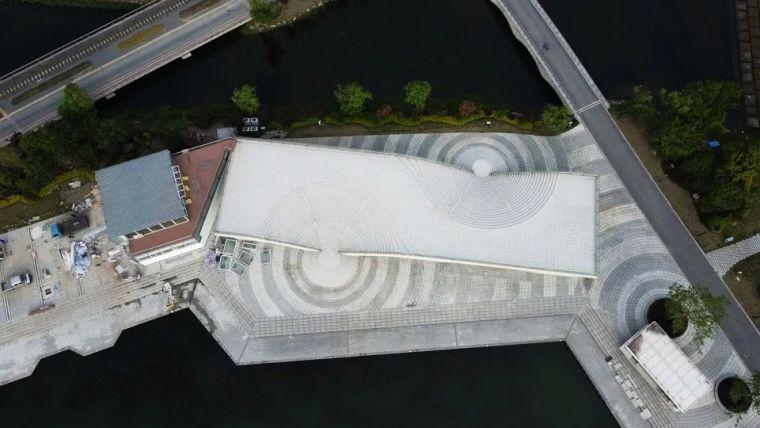 让等候变得有趣的游船码头/禾下建筑社_3