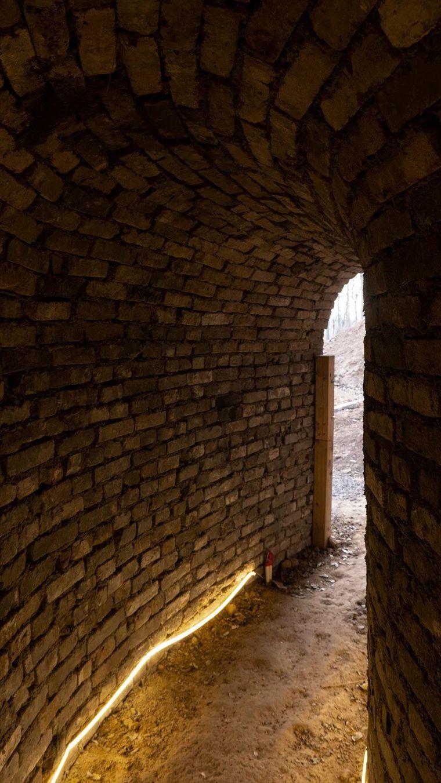 废墟书屋:连接窑洞与荒山_7