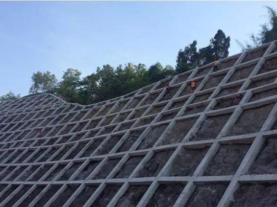 边坡锚固锚杆框架和预应力锚索标准化施工图_3