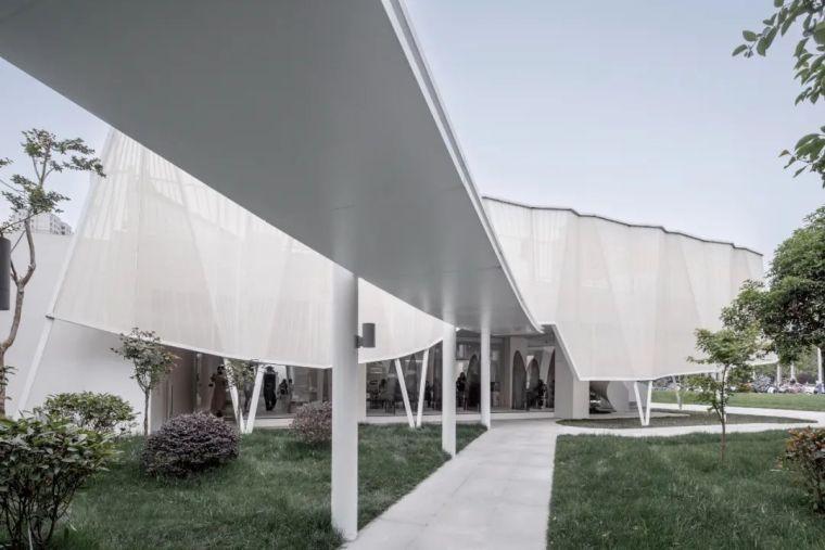 穿'裙子'的建筑,扬州多功能空间_1