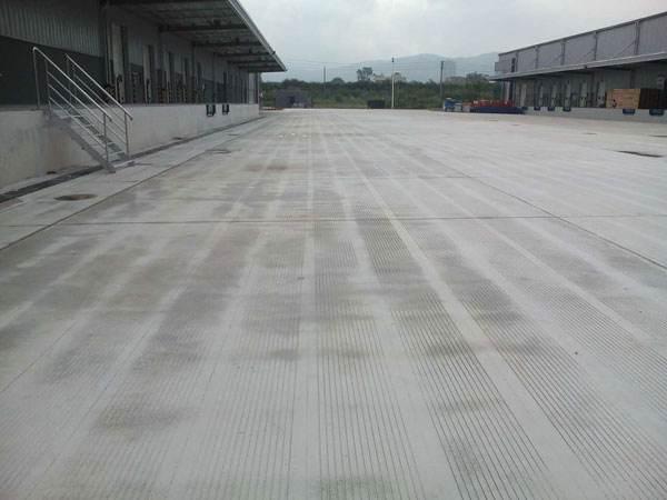 新建混凝土路面道路工程施工工程投标书_1