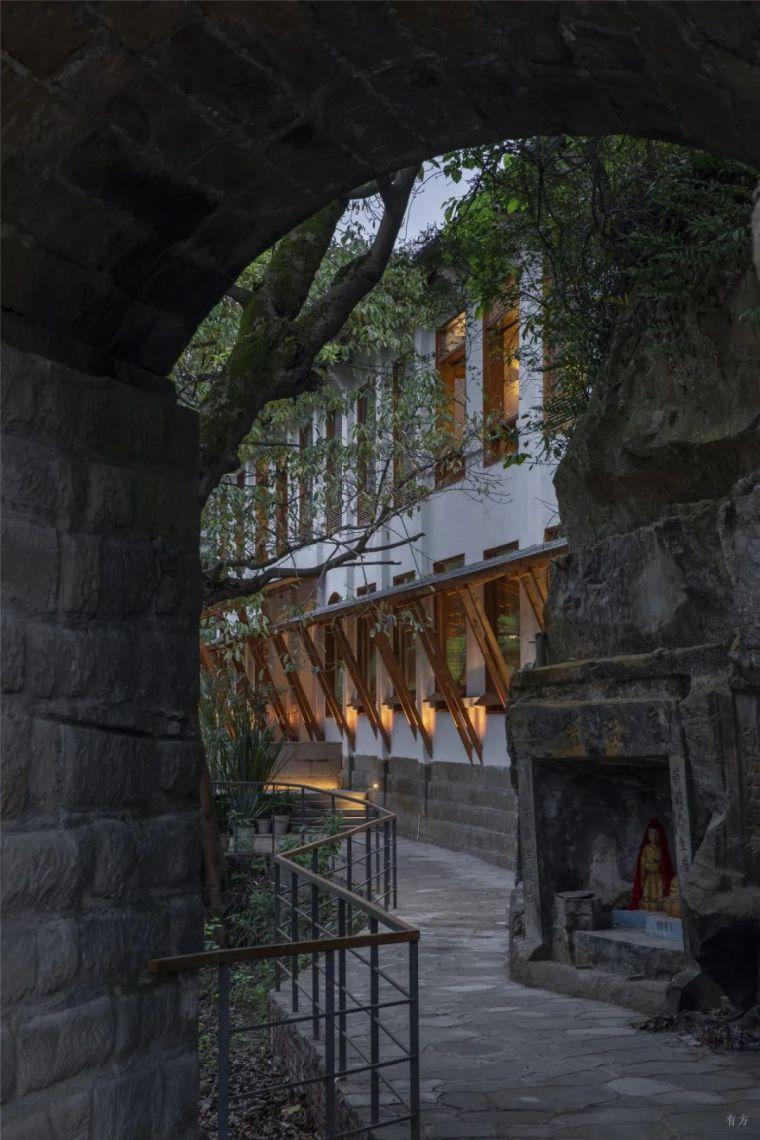 新作|小桥流水人家:元门小学民宿改建_1