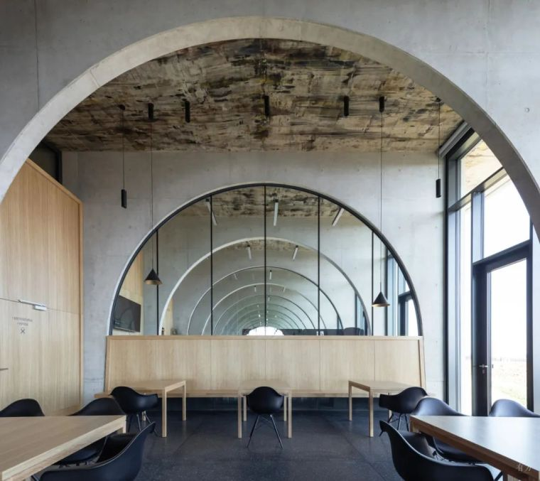 新作|捷克拉霍夫酒庄:拱的双面之美_30