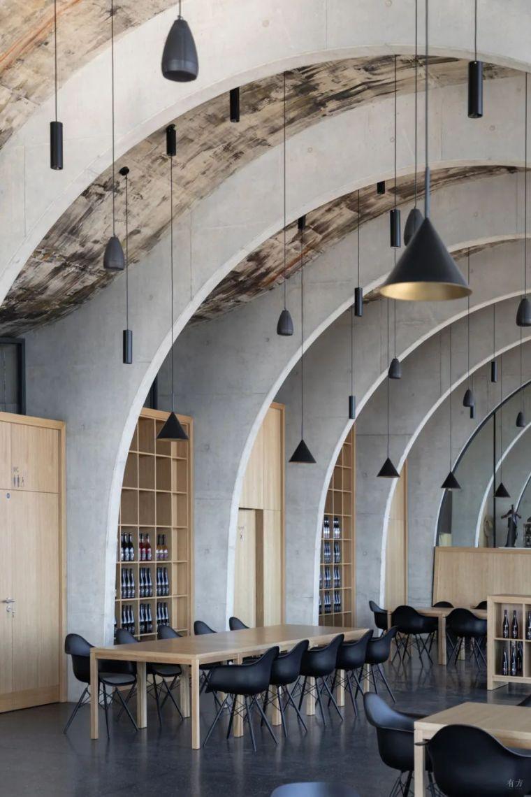 新作|捷克拉霍夫酒庄:拱的双面之美_28