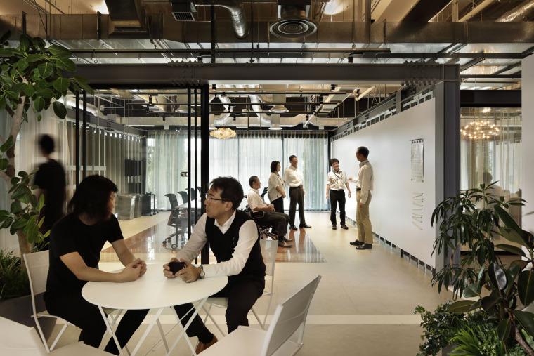 日本IHI横滨工厂新实验大楼内创新中心_6
