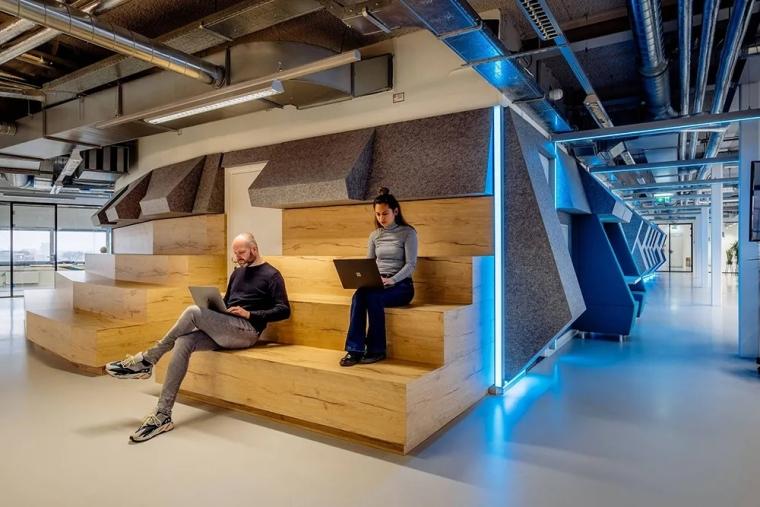 荷兰Shypple科技初创公司的办公空间_8