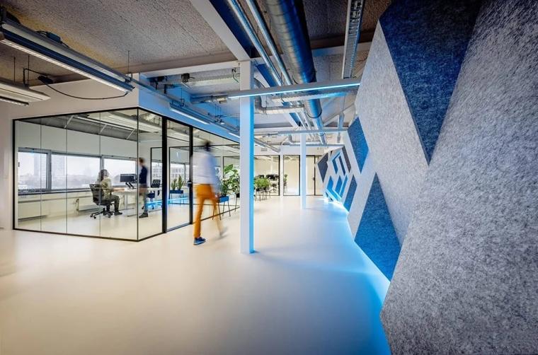 荷兰Shypple科技初创公司的办公空间_3