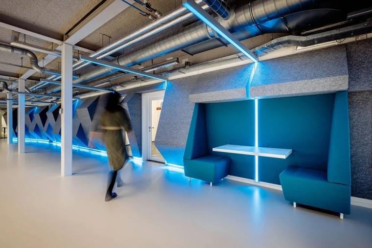 荷兰Shypple科技初创公司的办公空间_6