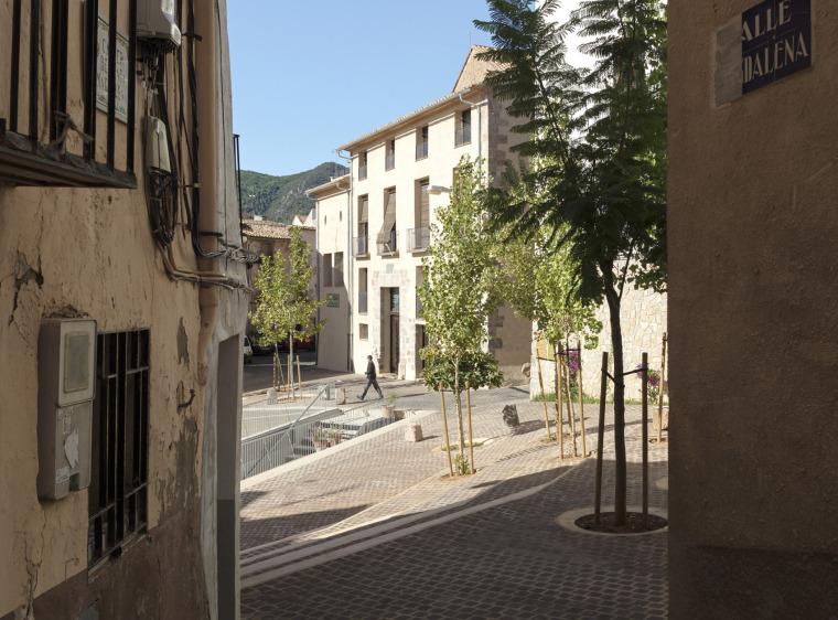 西班牙犹太教堂广场_5