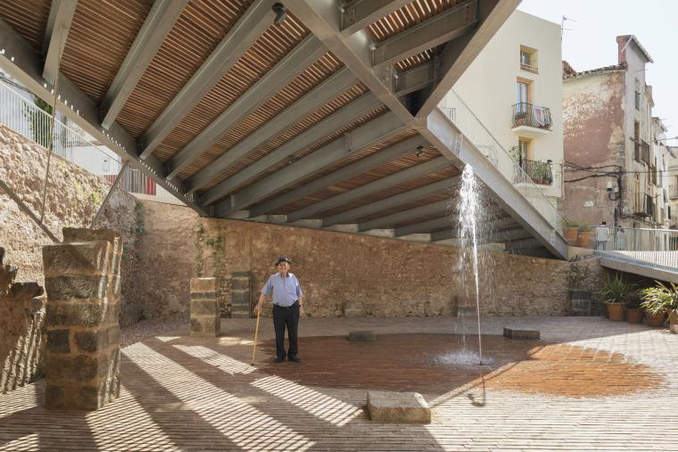 西班牙犹太教堂广场_10