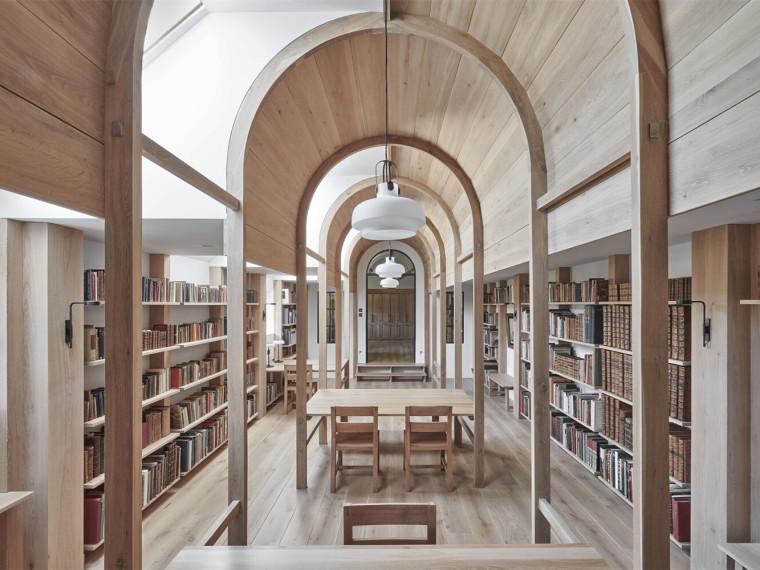 英国斯坦布里奇磨坊的新图书馆_1