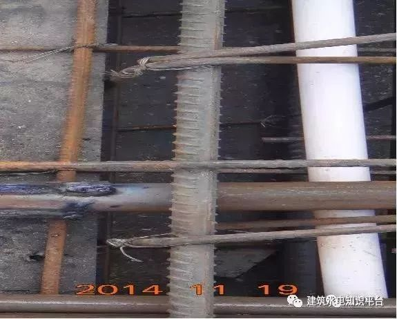 建筑水电预留预埋阶段工程质量通病_35
