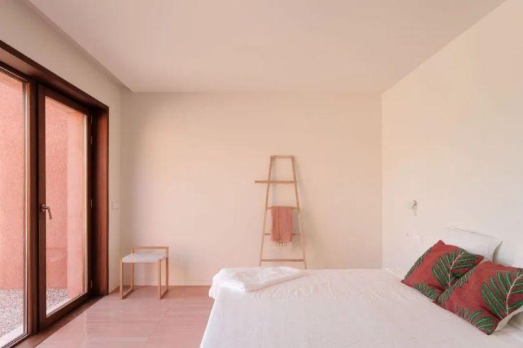 意库马陶土棕,让马洛卡岛的晴天住进你的家_11
