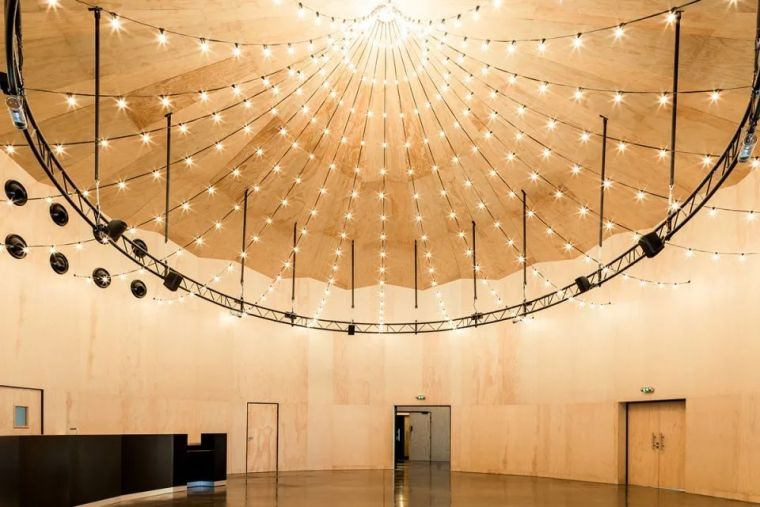 Bayssan剧院礼堂和圆形露天剧场_1