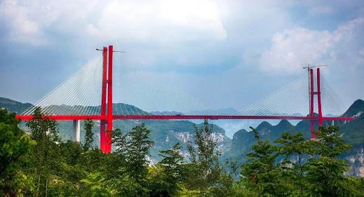 大跨度钢桁混凝土梁混合梁斜拉桥设计与施工_4