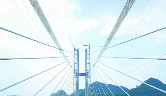 大跨度钢桁混凝土梁混合梁斜拉桥设计与施工_15