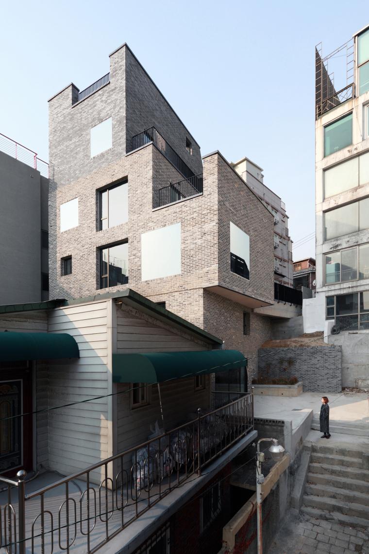 韩国岩石上水洞办公室_5