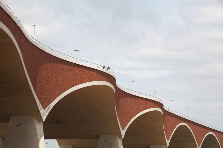荷兰DeOversteek都市大桥_8