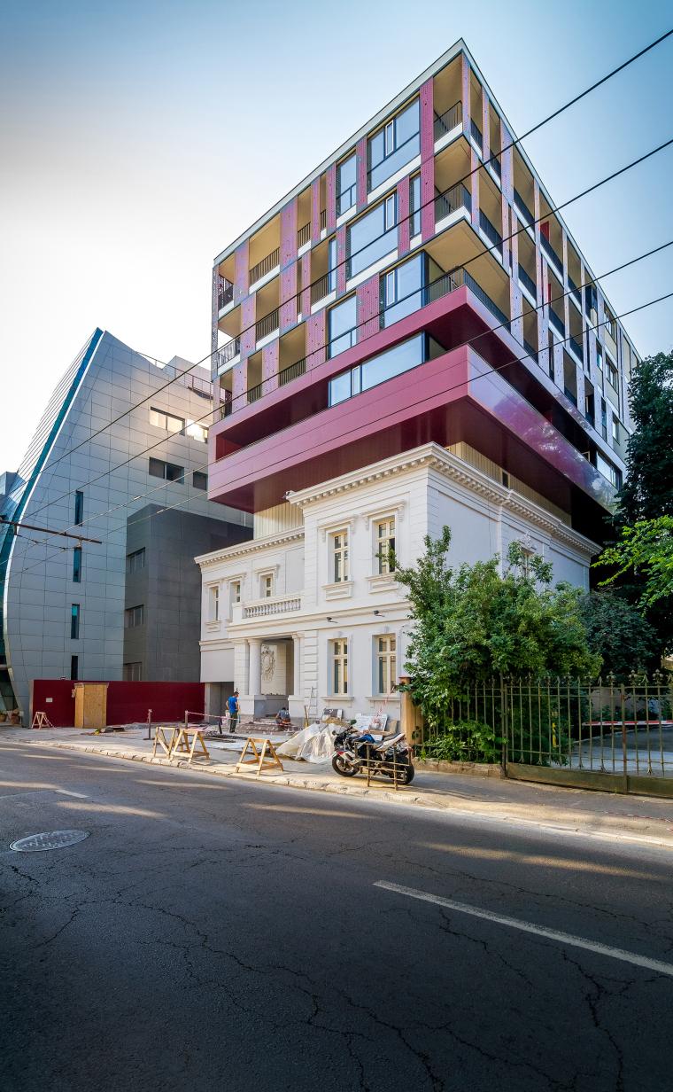 罗马尼亚GM7大楼_6