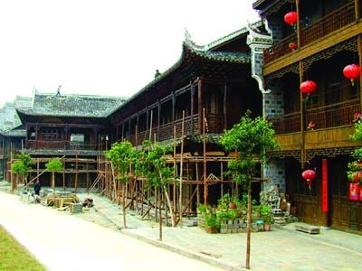 龙山县投资6000多万元修复明清古建筑