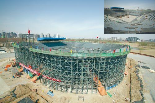 北京奥运沙滩排球场主体钢结构完工