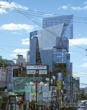 2005普利兹克建筑奖获得者:汤姆·梅恩(Thom Mayne)