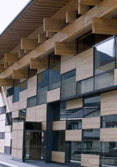 日本高知县建成日本最大的木质市政厅