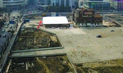 上海静安区民立中学平移50余米