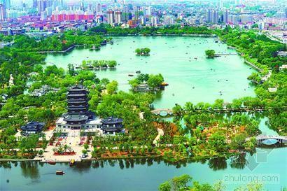 """济南:大明湖变身""""城中湖""""景色迷人"""